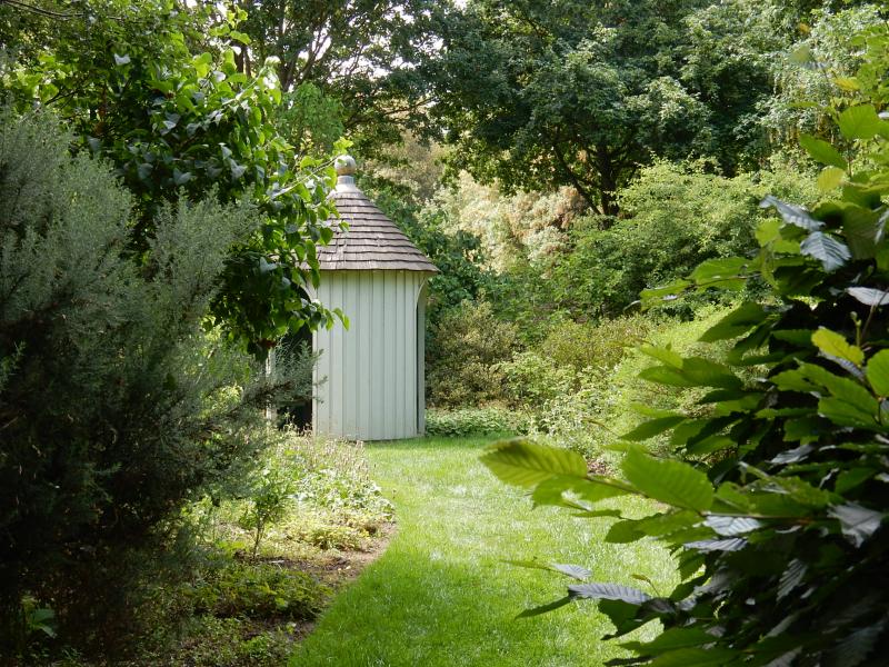 My Dream Part 2 hut in secluded garden ham house DSCN7365