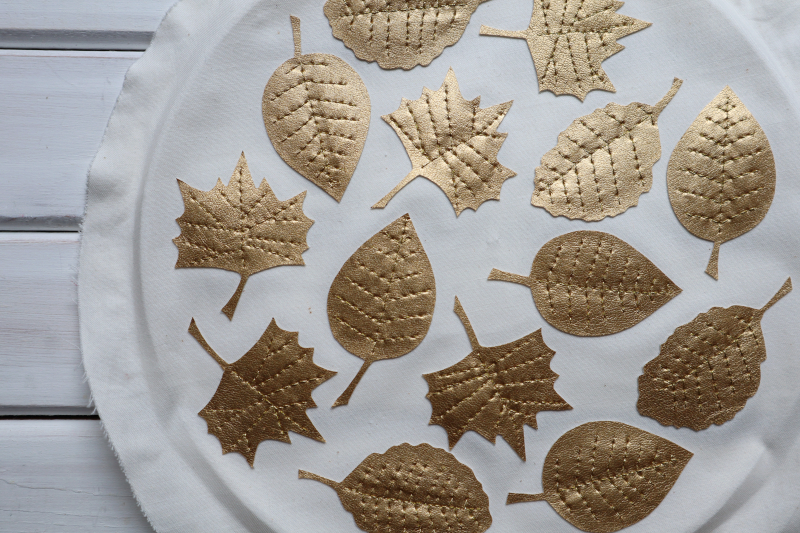 Gold leaves garland out of hoop