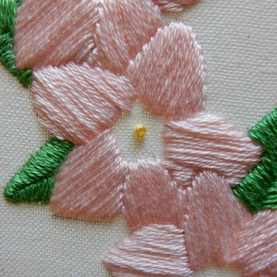 Blossom wreath french knot 3 DSCN5729
