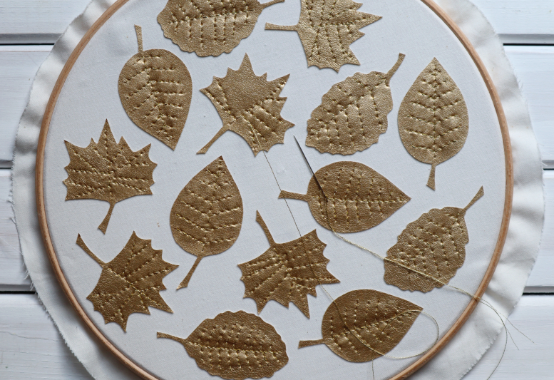 Gold leaves garland stitching leaves 1