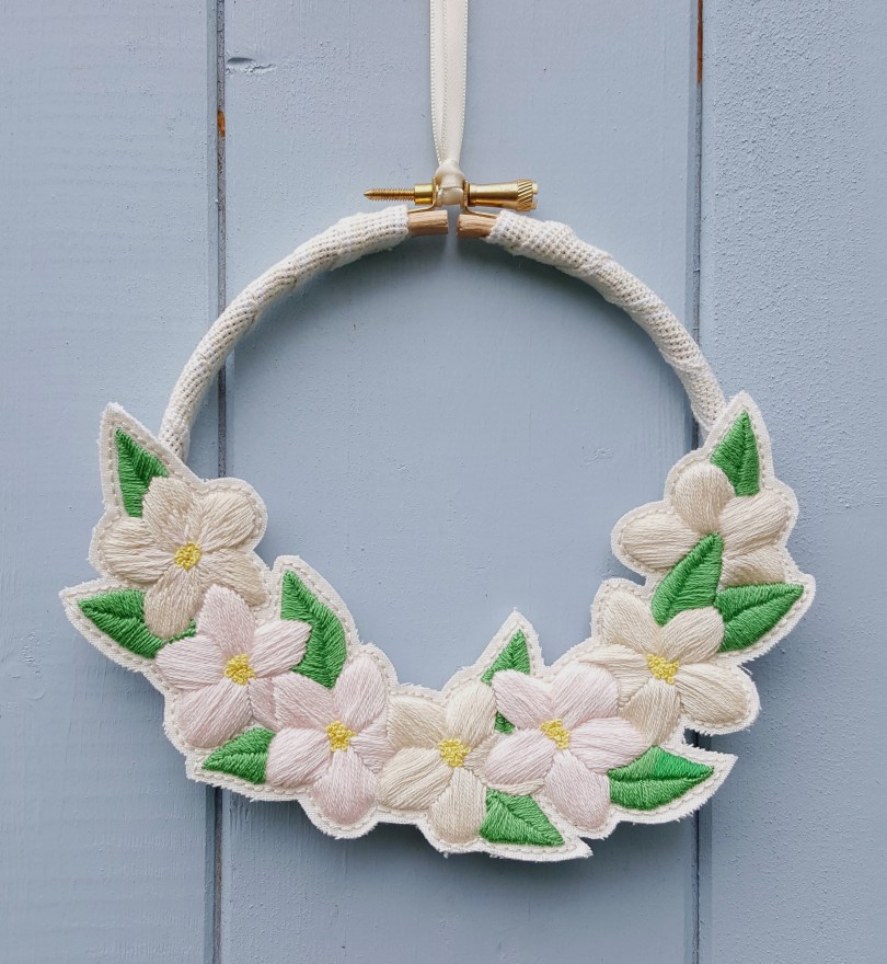 first blossom wreath 1