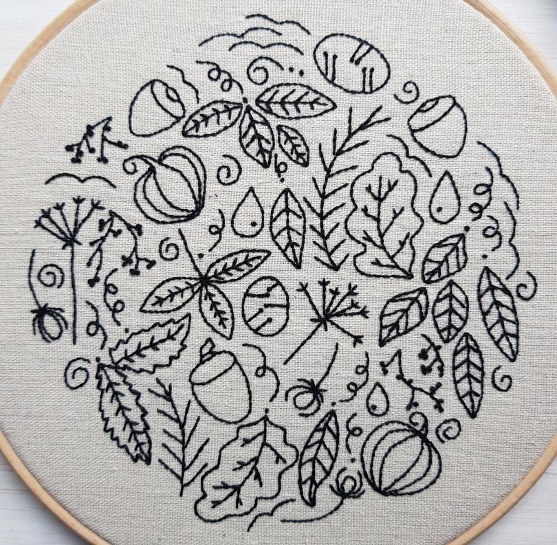 Autumn Doodle Hoop monochrome 2